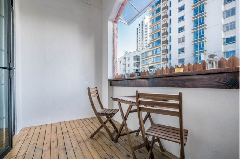 Old Apartment on Jianguo W Rd