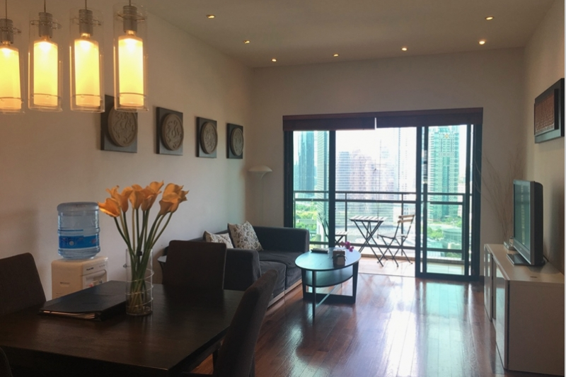 Rm 28-2604 Yanlord Garden 1 Bedroom + Study Apartment