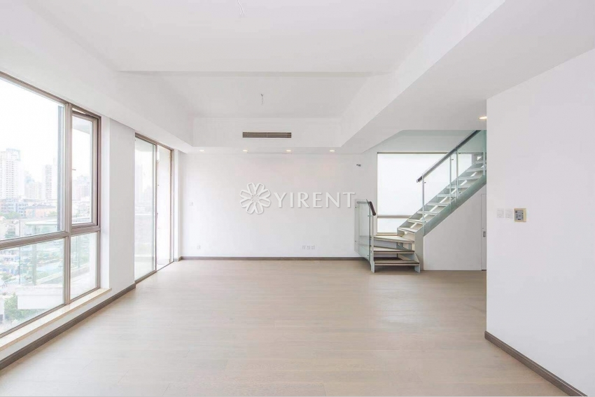 Lakeville at Xintiandi penthouse with 80sqm roof terrace
